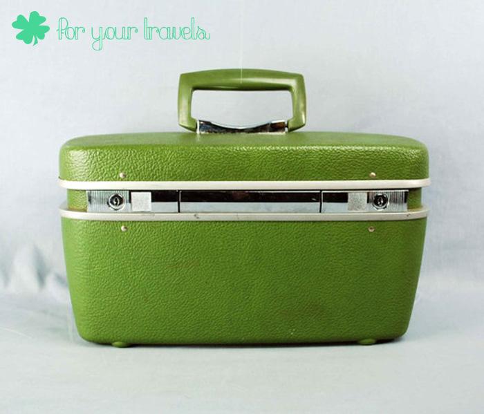 Vintage Green Travel Case