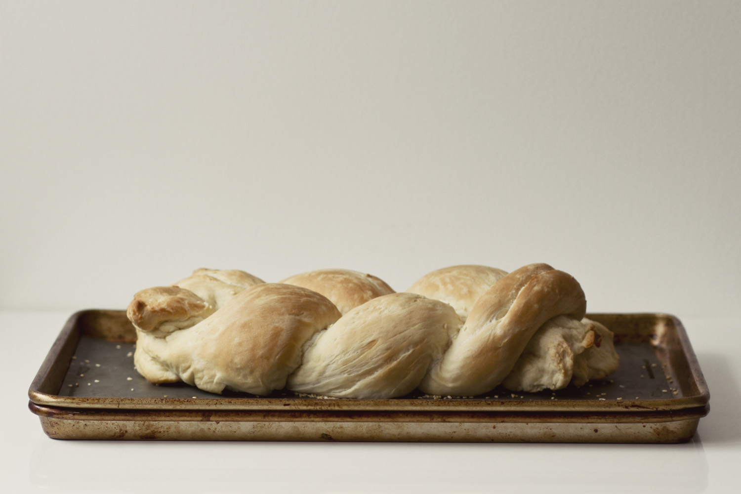 Our Weekly Bread: Eggless Challah//Thrifted