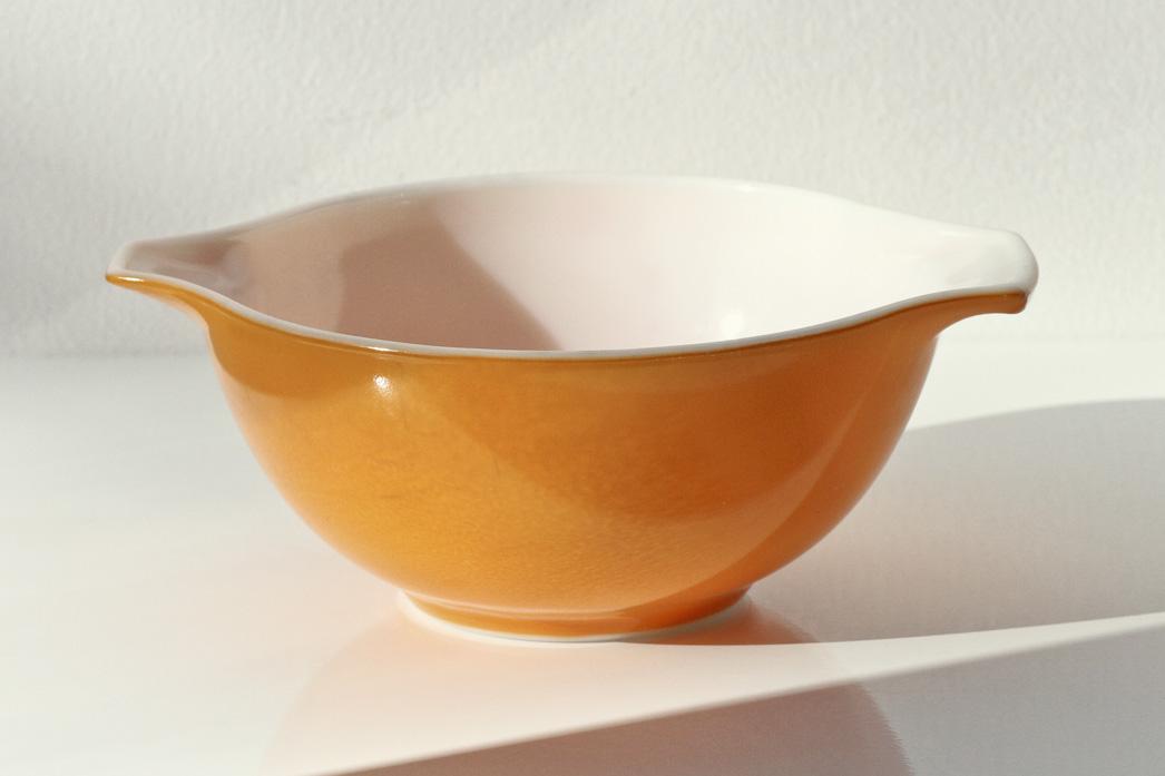 Thrift Store Finds - Orange Pyrex// Thrifted
