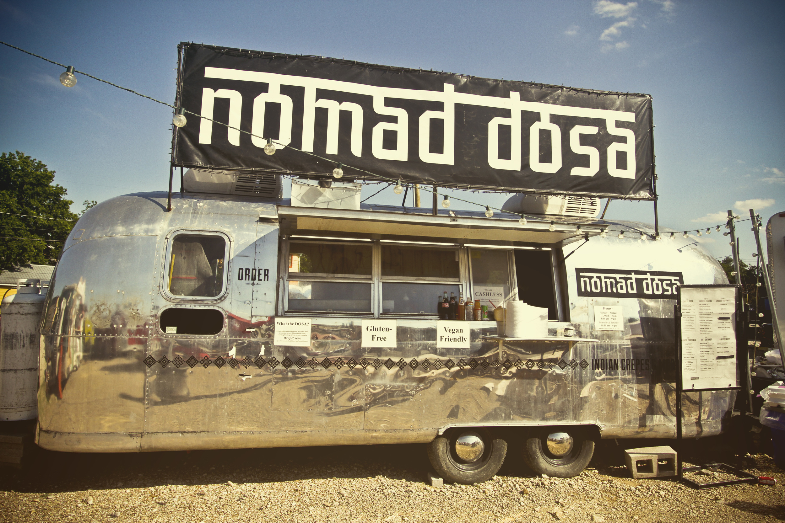 Nomad Dosa - Austin, TX// Thrifted