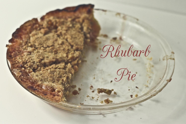 Vegan Rhubarb Pie// Thrifted