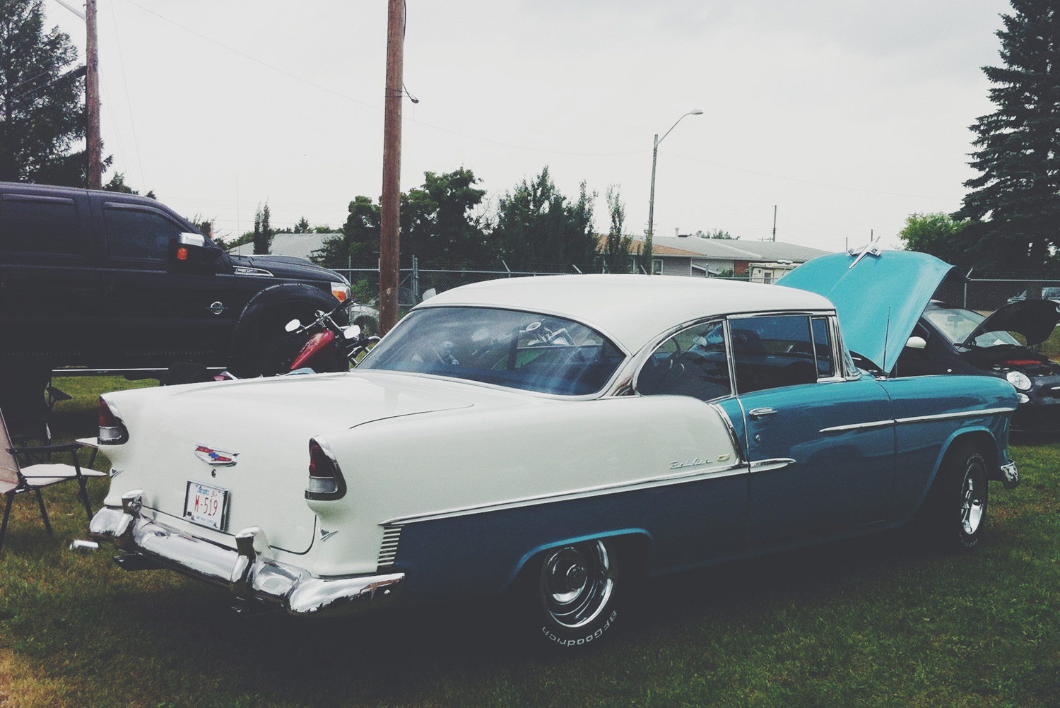 Gibbons Show & Shine in VSCO iPhone Photos// Thrifted