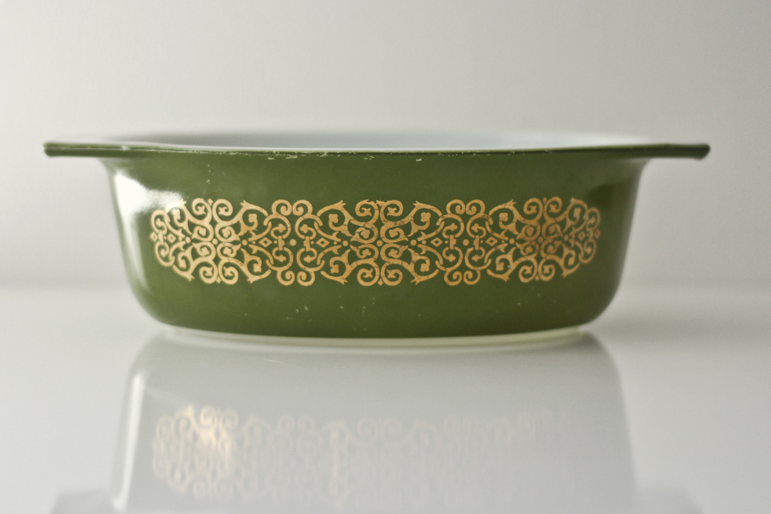 Thrift Store Finds: More Vintage Pyrex// Thrifted