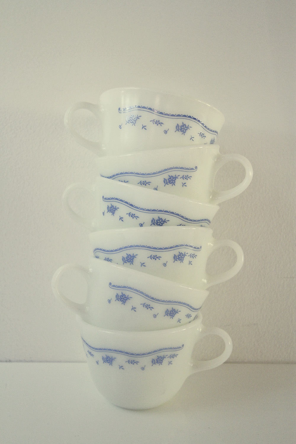 Blue Morning Pyrex//Thrift Store Finds//©Thrifted 2013