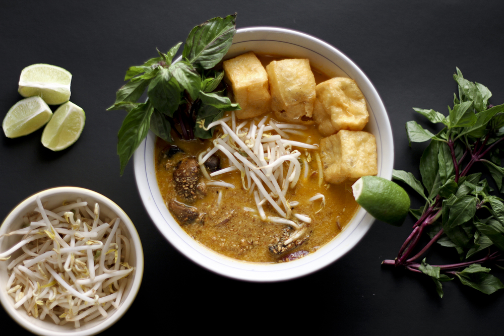 Thai Coconut Curry Soup// THRIFTED