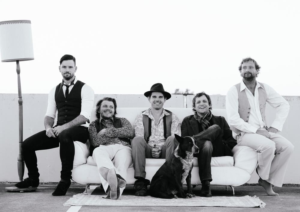 The Lamplights - Gold Coast Band.  Gold Coast Corporate Band.  Festival Headliner.