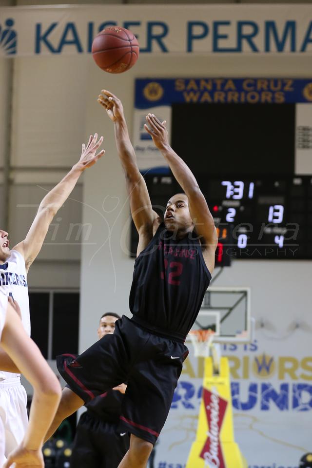 APTOS, CA - JANUARY 21: Santa Cruz High vs Aptos  High School  Basketball on January 21, 2015 Santa Cruz, California. (Photo by �Tim Cattera Photography)