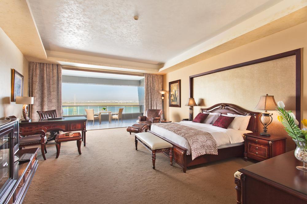 royal suit bedroom 2.jpg