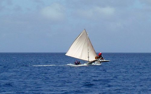 Marshallese_-_traditional_sailing_canoe