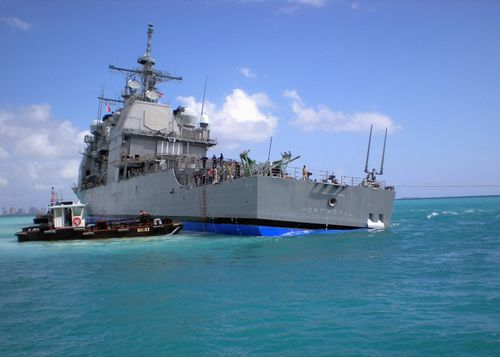 USS_Port_Royal_grounded