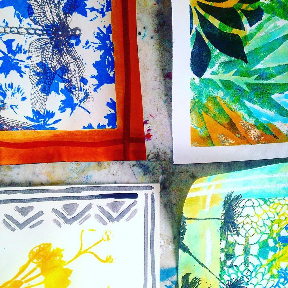 LA SERRA MK TEXTILE ATELIER Create your own hand-painted and stenciled with Italian textile designers La Serra MK,. Spring themed tote bags will be the order of the day or learn to make potpourri. Booking in advance HERE Dates: Saturday 4th & Sunday 5th March 2017 Duration: 1 hour Price: £25