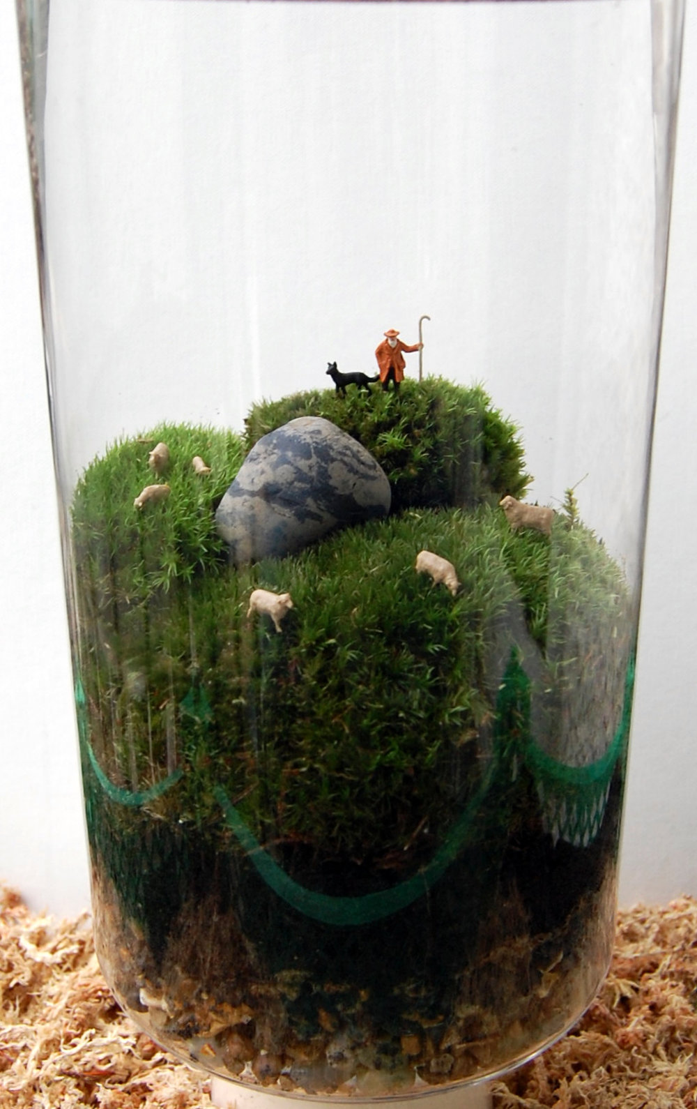 Marguertie Potter A terrarium minature garden. In this very hands-on one hour workshop you will learn how to create and care for your very own terrarium. The workshop includes all materials click HERE to find out more Dates: Saturday 4th & Sunday 5th March 2017 Duration: 1 hour Price: £40