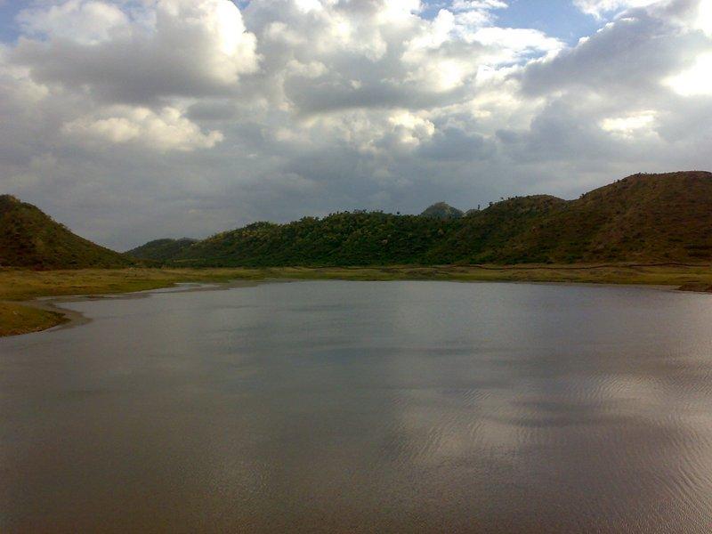 Badi Lake (2).jpg