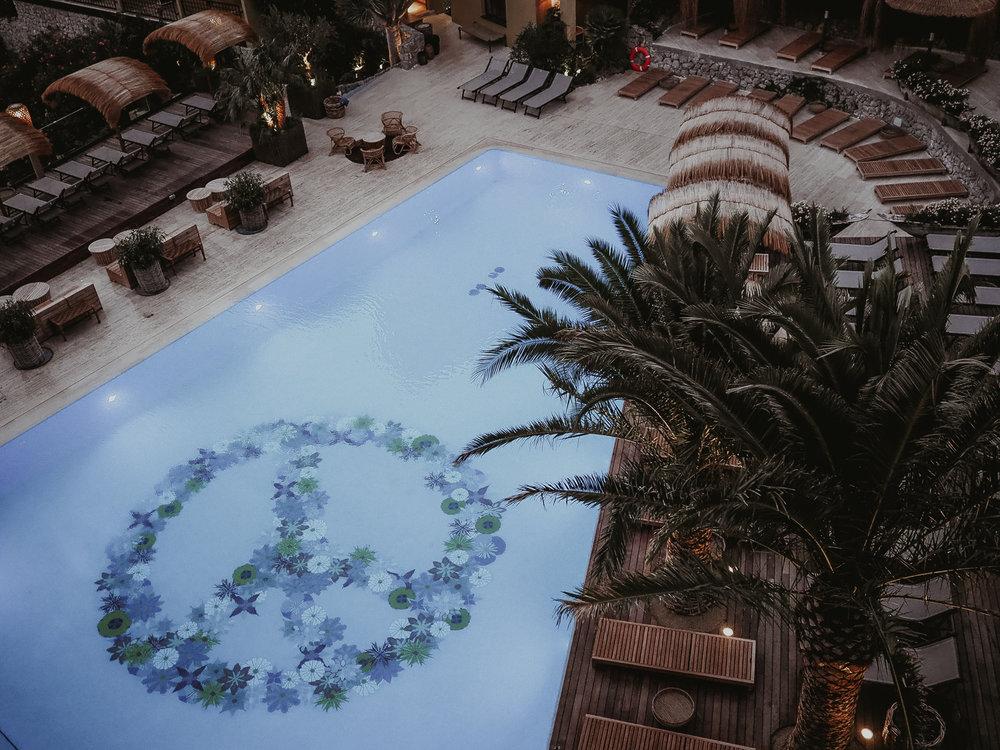 ltm_bikiniislandhotel_pooloverview