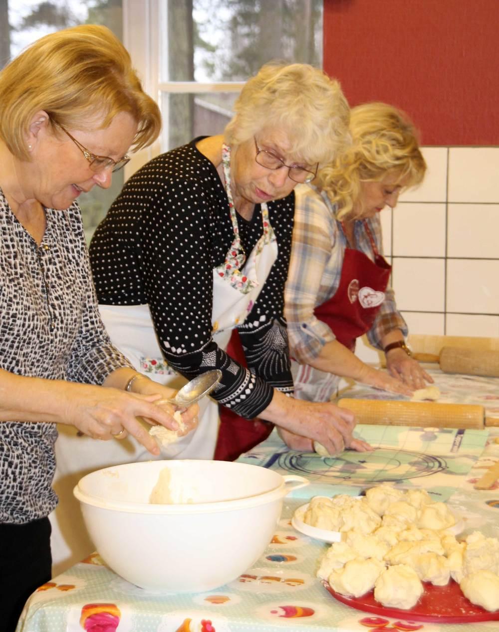 Fra venstre: Eldbjørg, Elna og Kari Ann