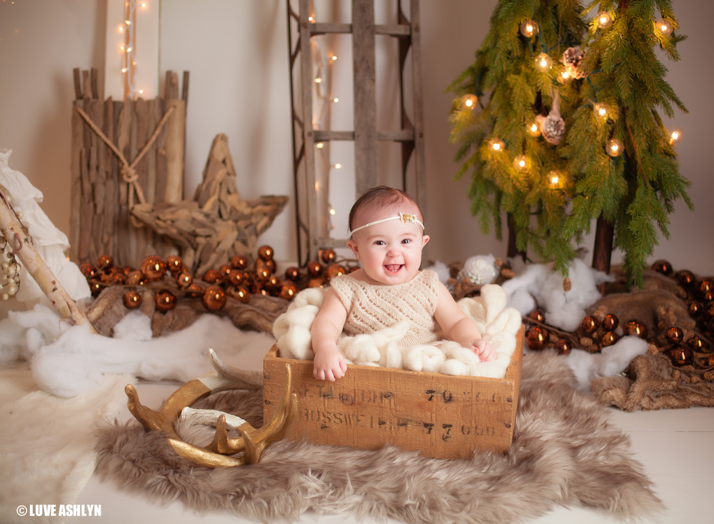Professional Christmas Baby Photography