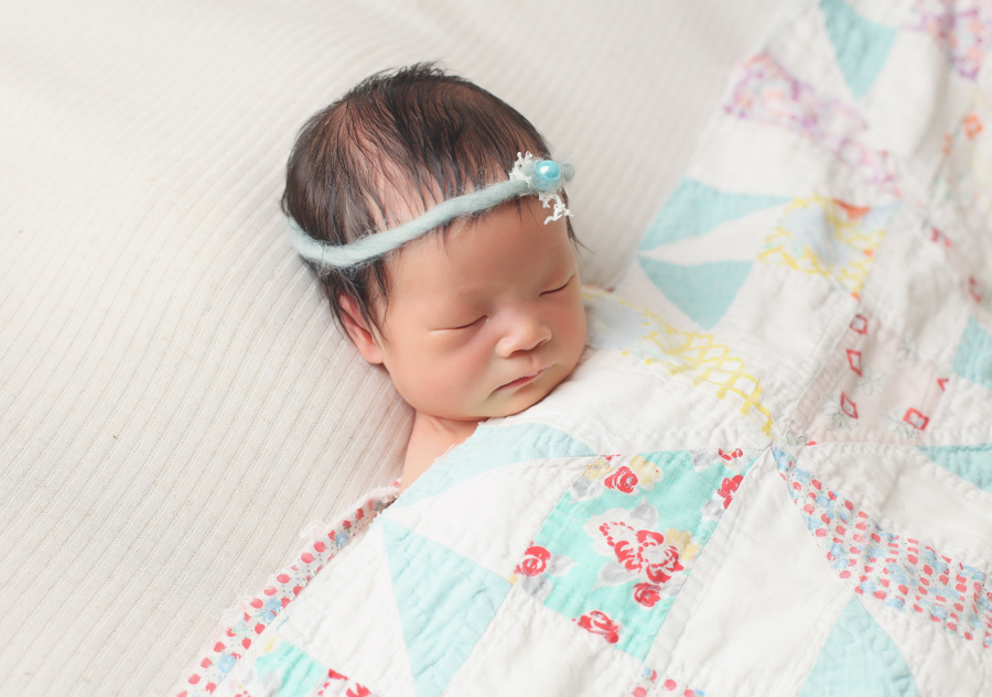 Simple Newborn Baby Photography
