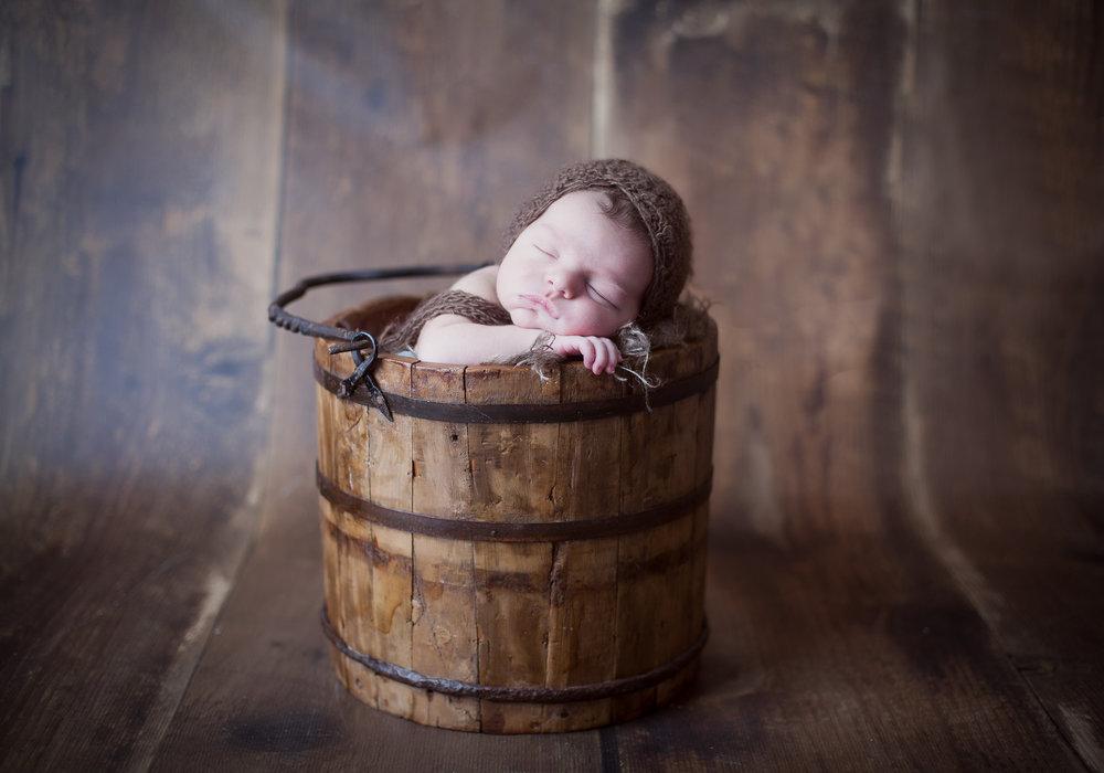 Studio Newborn Photographer Toronto