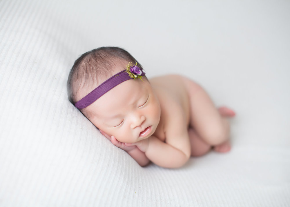 newborn-photographer-GTA-Luve-Ashlyn-Photography-27.jpg