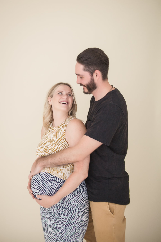 MATERNITY_Toronto-Maternity-Photographer-Luve-Ashlyn-2.jpg