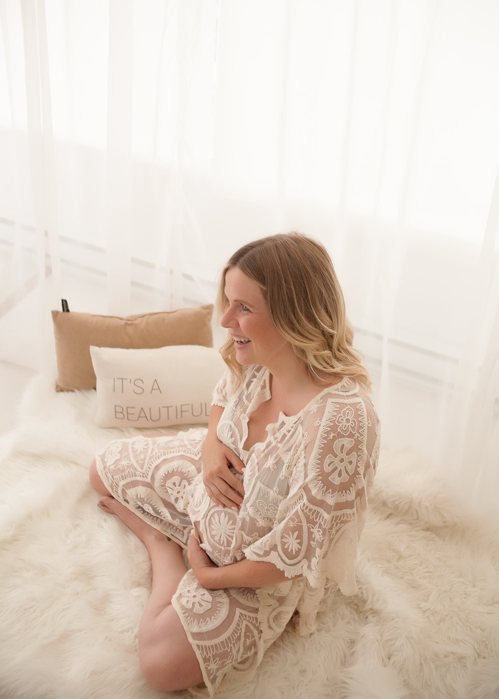 MATERNITY_Toronto-Maternity-Photographer-Luve-Ashlyn-17.jpg