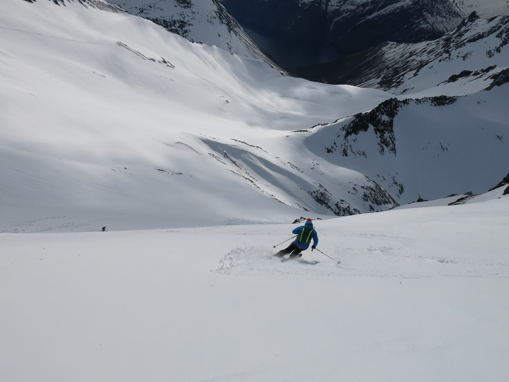 skiing fjord.JPG