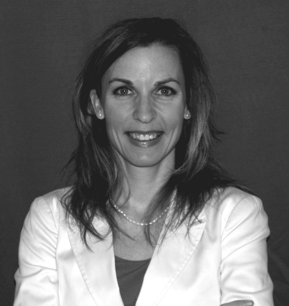 Vicky Jobin, CRHA, M. Sc.  Fondatrice,Capital V