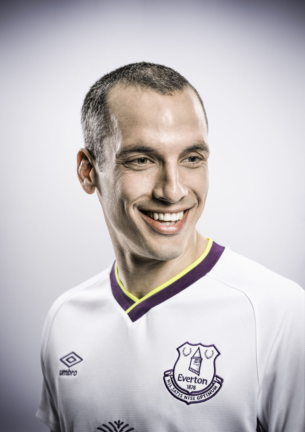 Everton-Third-2014-Osman-Portrait.jpg