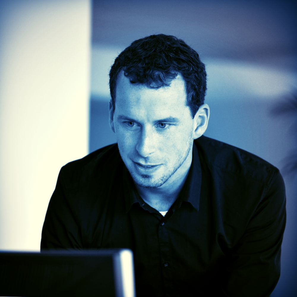 Bart Haazen  ( LinkedIn )  Architect & Revit modelleur