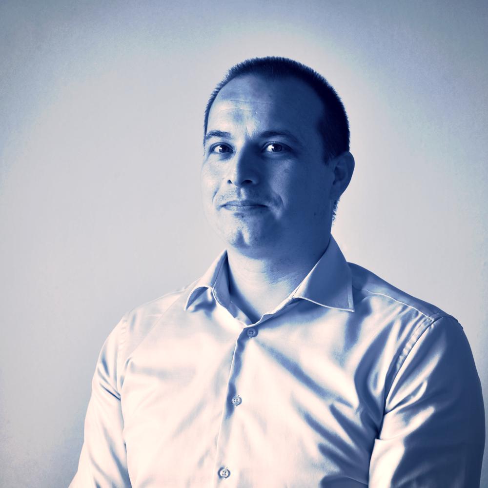 Jürgen Metz  jurgen@bf-as.nl   Bouwkundige - Revit modelleur