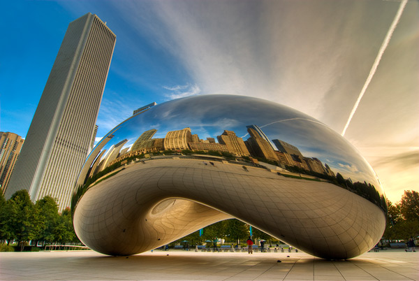 "Cloud Gate. Commonly known to Chicagoans as ""The Bean"""