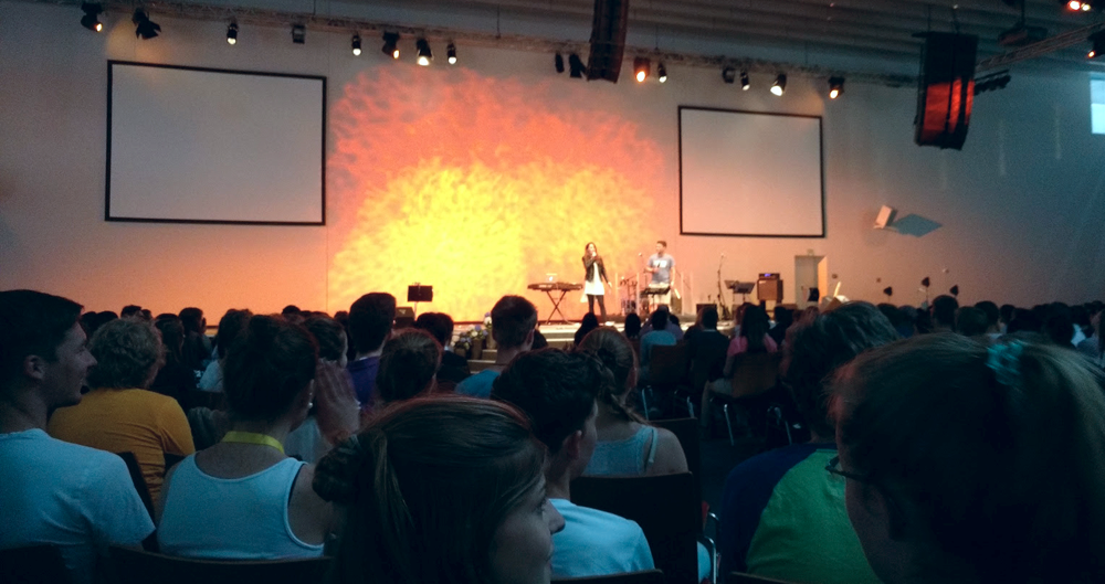 The closing session of Global Outreach Day, a youth event where people shared the love of Jesus in word and deed at sites all over Germany.