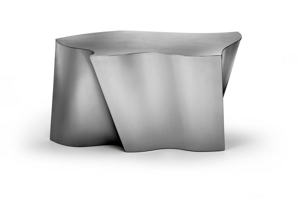 Organic Steel by Fernanda Marques e Mekal