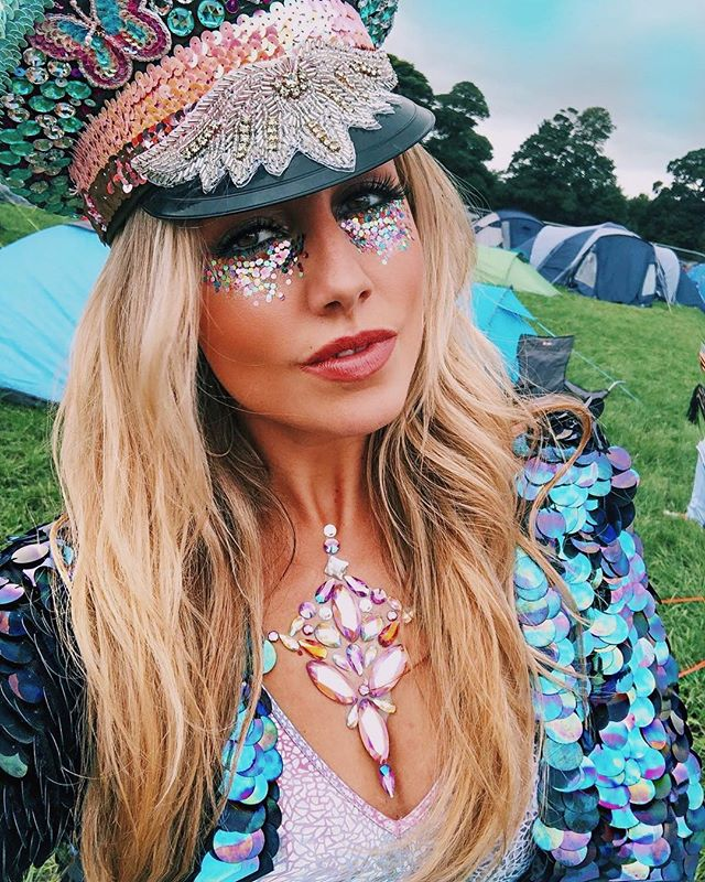 ✨ B L I N G ✨ @staceylaceymua  looking fly in our ShowPony petrol sequins @hardwicklivefestival #indigoeast #festivalfashion