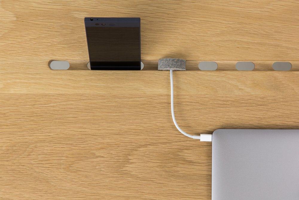 ARTIFOX Desk 02 - White Oak