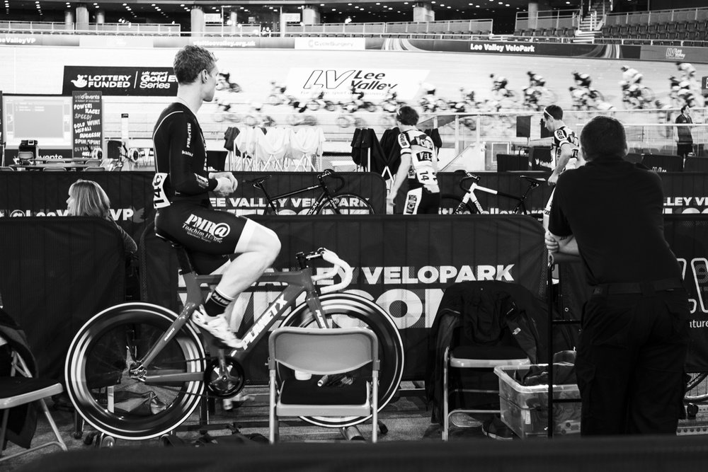 track-cyling-warming-up.jpg