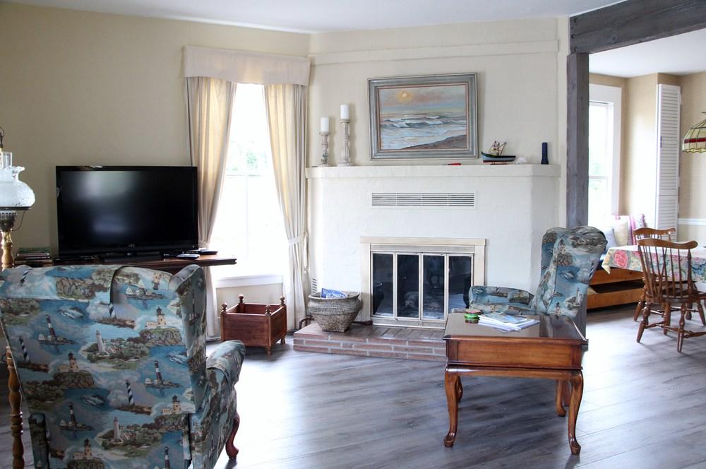 Quartermaster Cottage Living Room 1.JPG