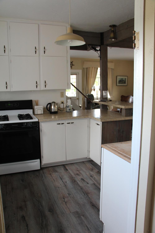 Quartermaster Cottage Kitchen 4.jpg
