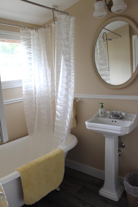 Quartermaster Cottage Bathroom 1.jpg