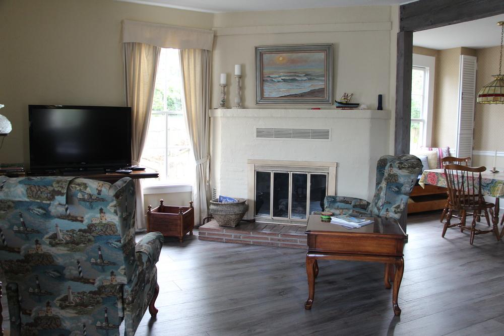 Quartermaster Cottage Living Room 2.JPG
