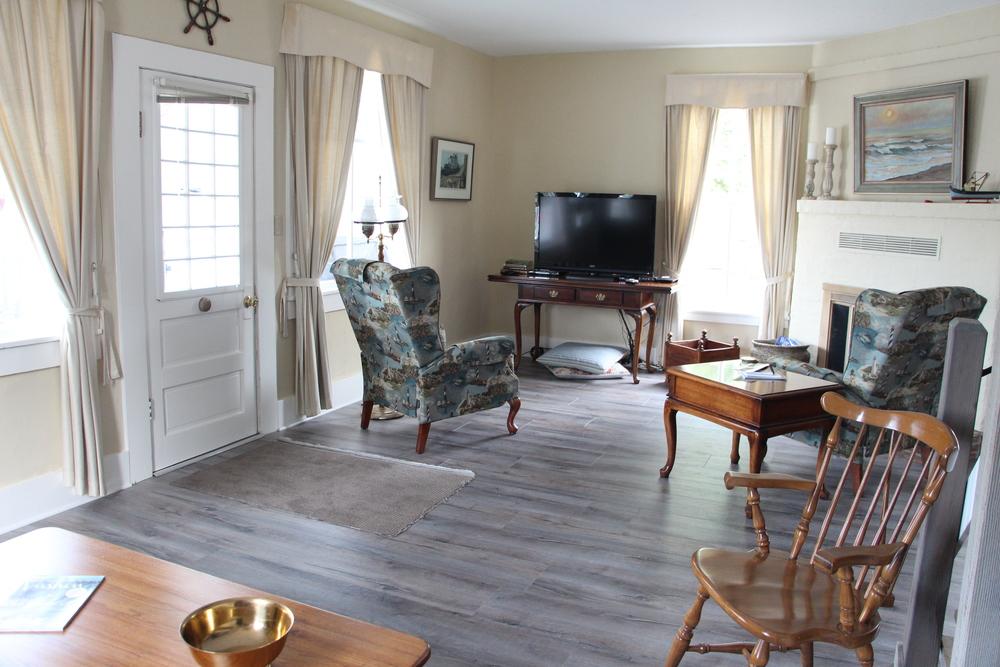 Quartermaster Cottage Living Room 4.JPG