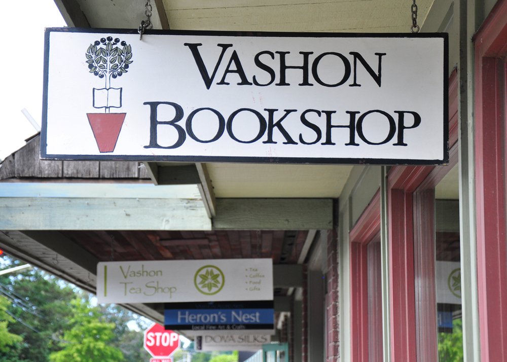 vashon-bookshop-shingle.jpg
