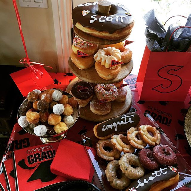 #FBF to the dessert bar we did for a grad party because donuts sound so good right now!! . . . #event #graduation #party #collegegrad #sdsu #redandblack #eventplanner #eventdesign #dessertbar #donuts #sweets