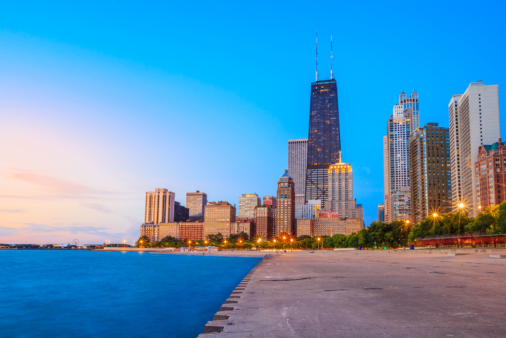 Proximity To Chicago's Best Beaches    VIEW AVAILABILITY    Call: (312) 614.1475