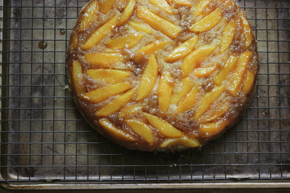 KitchenAid® Artisan® Mini Summer Peach Upside Down Cake 9 (1 of 1).jpg
