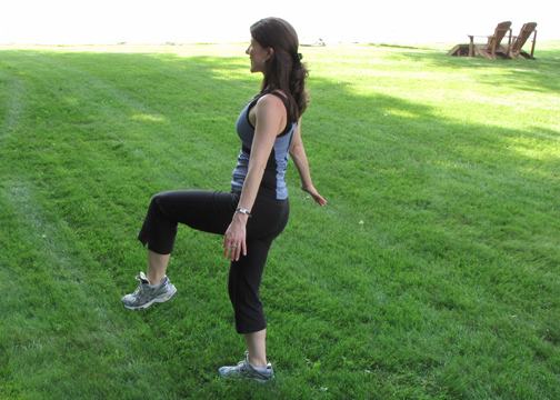 2. Alternating Knee Taps