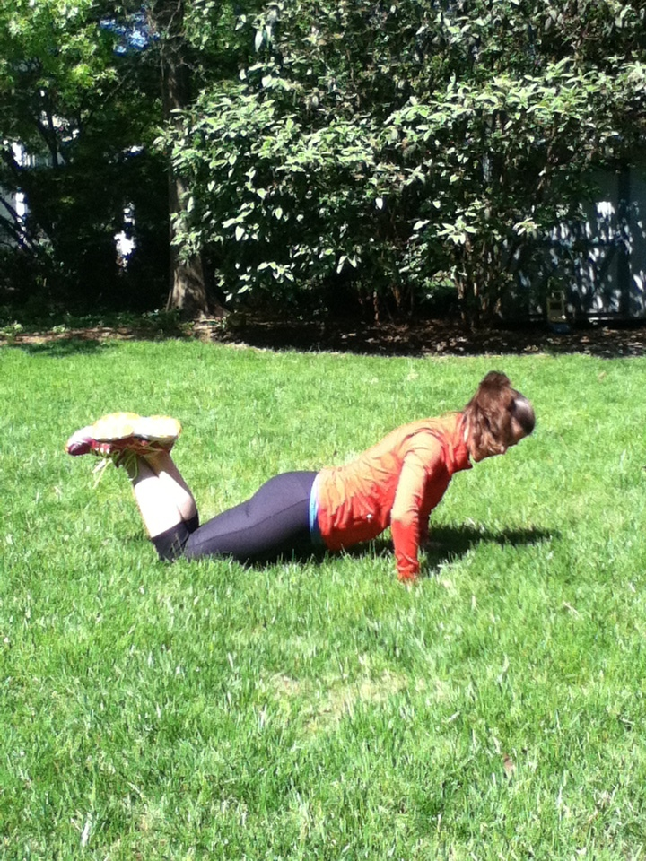 Push-Up with knees on the ground