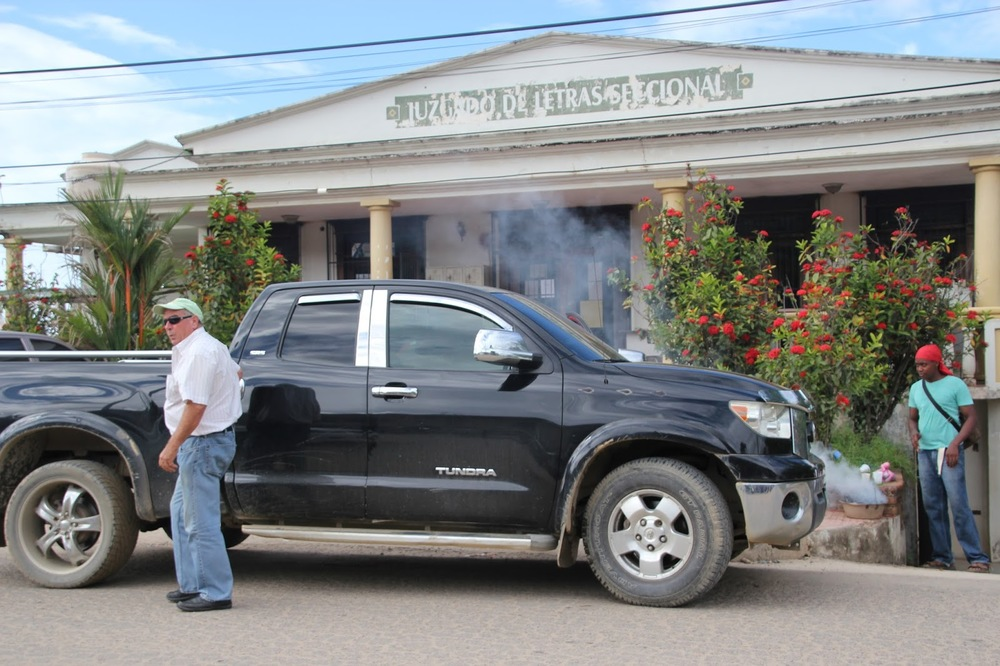 "Photo caption: Canadian ""Porn King"" Randy Jorgensen charged with illegal possession of land arrives to the courthouse in Trujillo, Honduras."