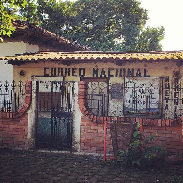 National mail of #Honduras. Right next to the old, small colonial church overlooking the central park in Nuevo Armenia, southern tip of department of Francisco Morazan #Honduras #everydaylatinamerica #everydayhonduras