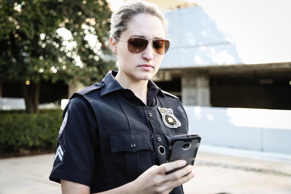 bodyworn-police-body-camera-video_25379970131_o.jpg
